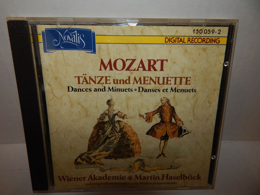MOZART TANZE and MENUETTE - Dances & Minuets WIENER AKADEMIE Haselbock Novalis Switzerland DDD Import metal center CD NM