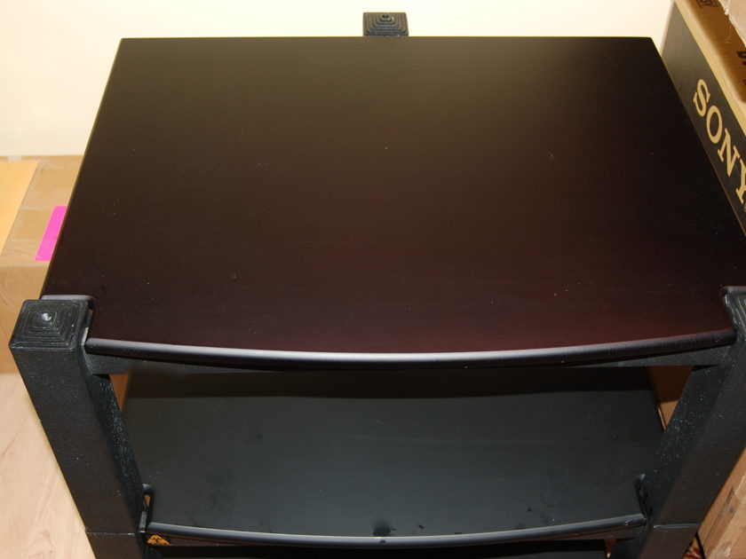 Lovan Sovereign Stand 3-shelf 4, 7 and 10 inch good condition