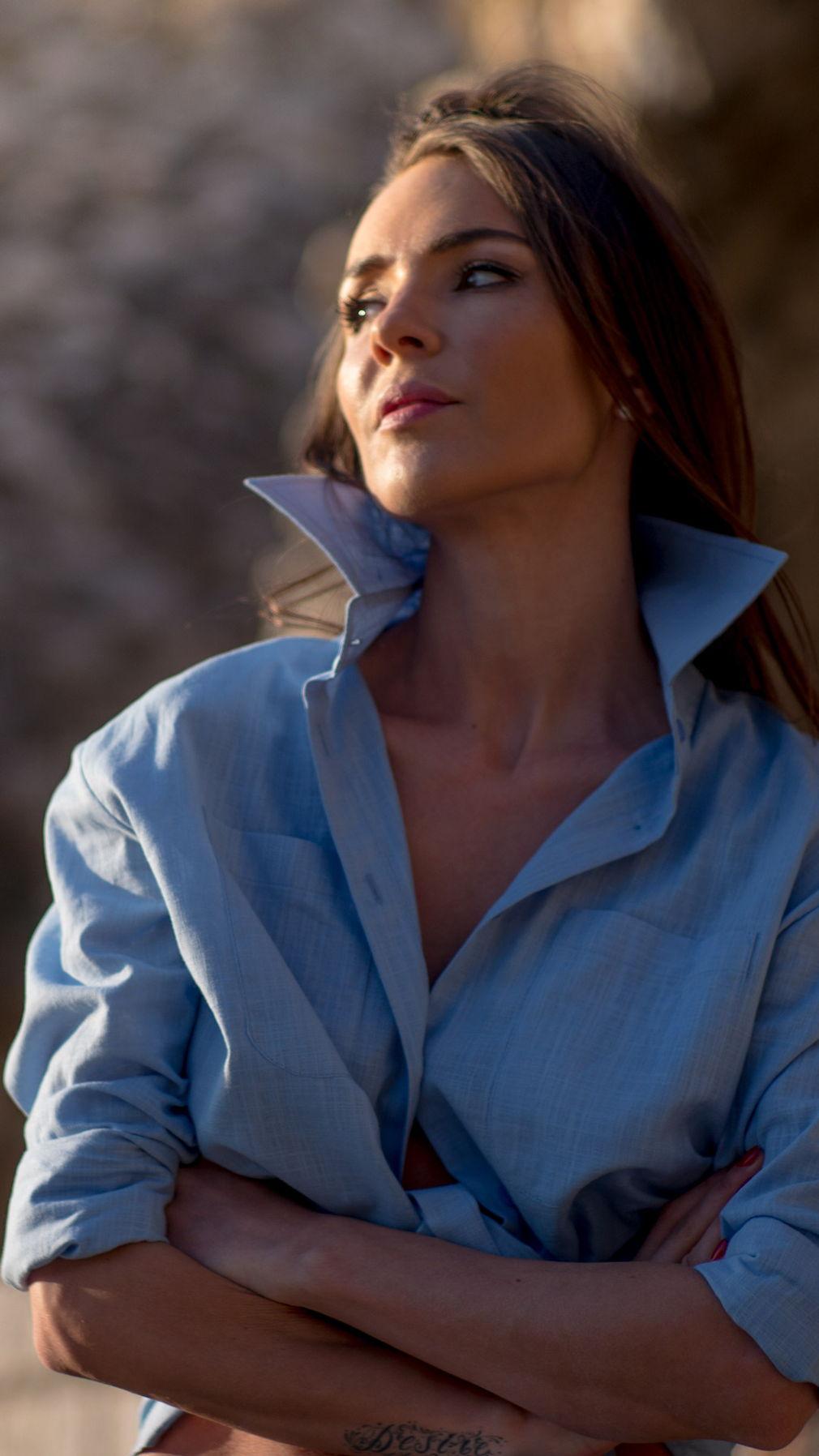 Голубая сорочка