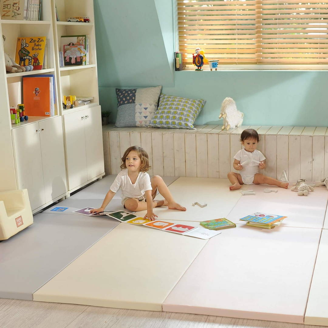 Neutral AlZiP playmat for kids to play safely