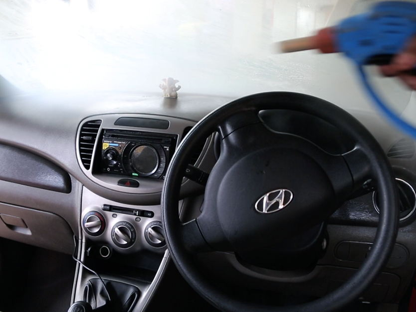 car-dashboard-steam-cleaning.jpg