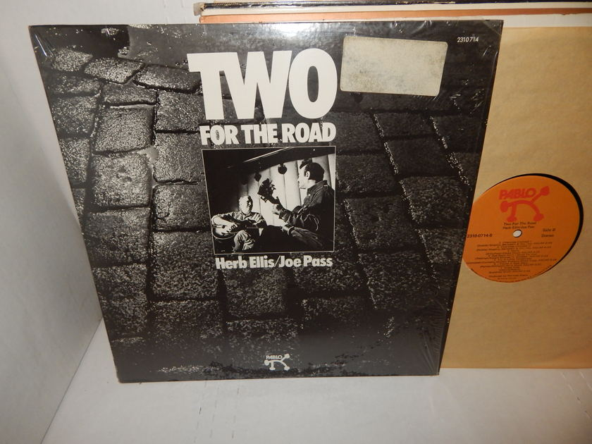 HERB ELLIS JOE PASS Two For The Road  - Two For The Road 1974   Pablo Jazz Guitar Shrink LP