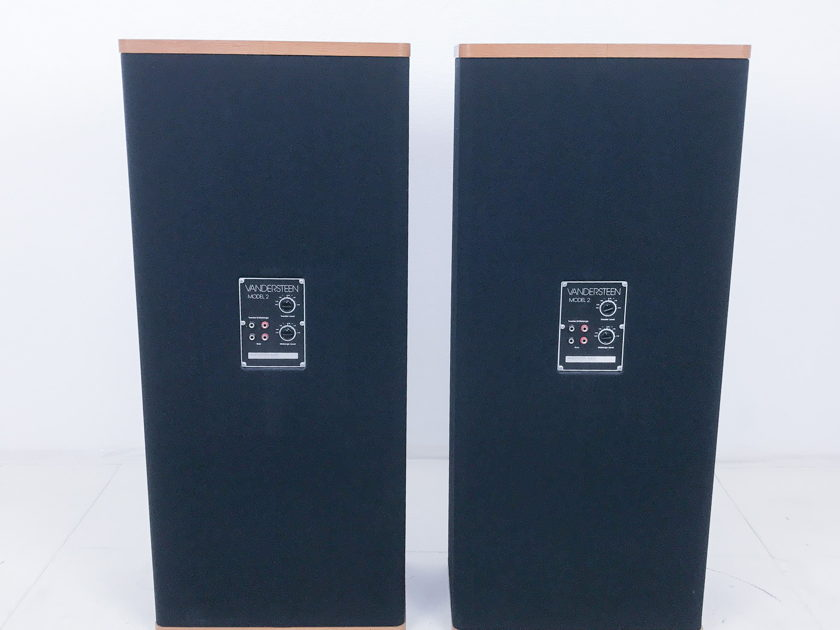 Vandersteen Audio  2C  Loudspeakers w/ Stands; Pair; AS-IS (2593)