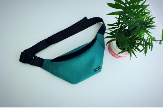Бирюзовая поясная сумочка