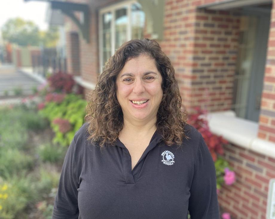 Mrs. Rosemarie Commendatore , Toddler Faculty Member