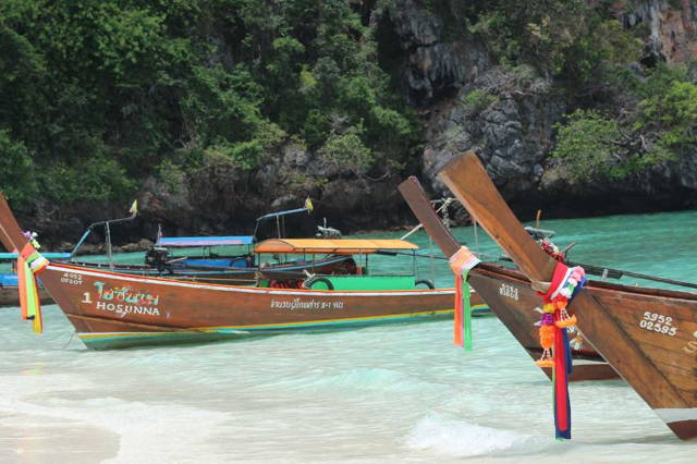 Phi Phi Island by Speedboat from Khao Lak