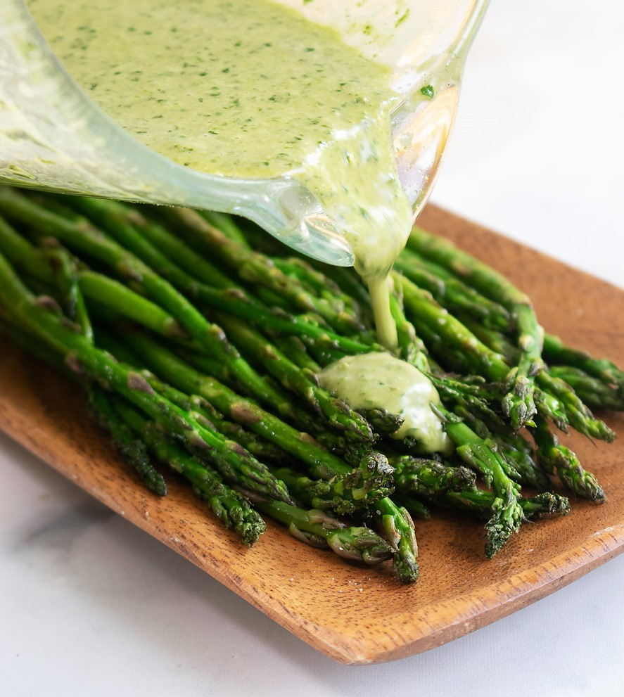 grilled asparagus salad 1.jpg
