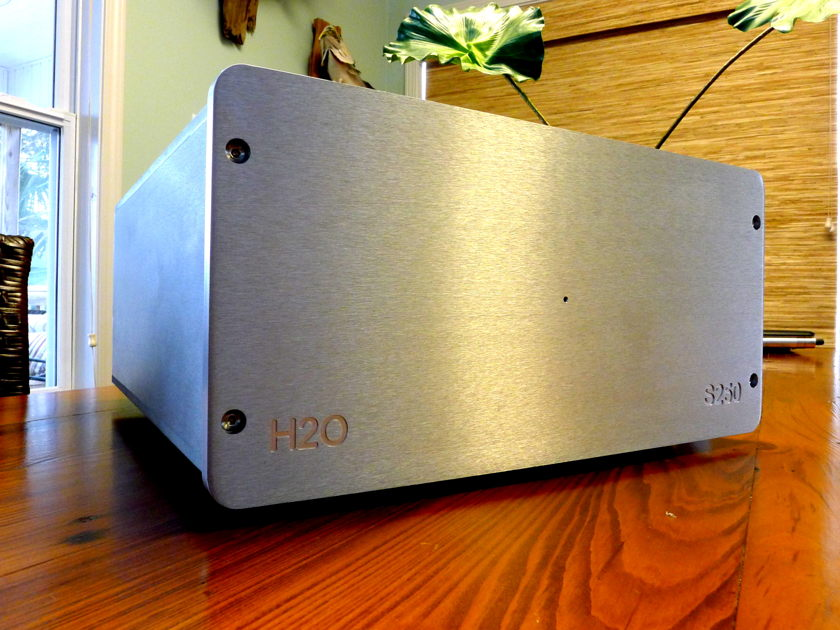 H2O Audio Signature S250 Dual Mono Amplifier Dynamic, Clear and Musical