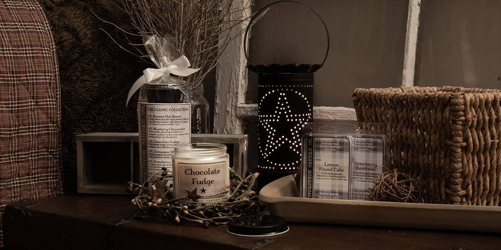 American Made Candles and wax melts, Handcrafted and decorated to fit with any traditional or modern decor. Available in wonderful bakery and fresh, clean scents.