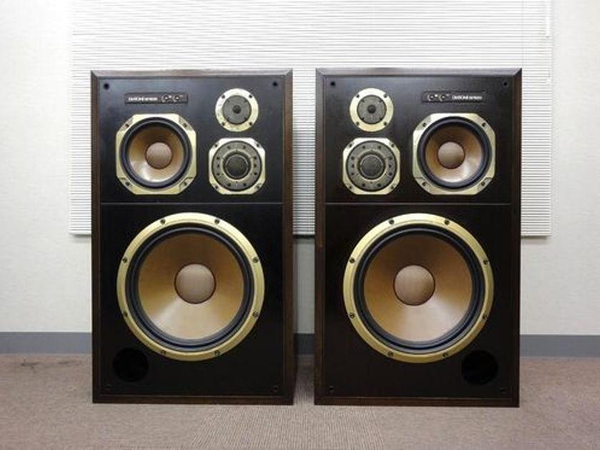 Diatone DS-5000 DS5000 Speakers Rare!