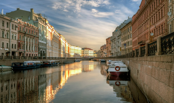 Прогулка на теплоходе «Северная Венеция»: 5 рек и каналов, 30 мостов