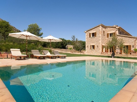 Puerto Andratx - Quiet villa for sale with a stone facade, Alcúdia, Mallorca
