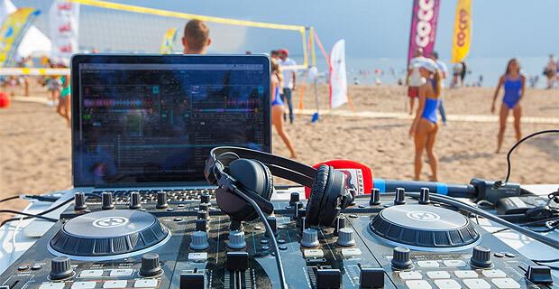 Радио ENERGY на VK Fest – лето, музыка и турнир по пляжному волейболу среди моделей ENERGY MODELBALL - Новости радио OnAir.ru