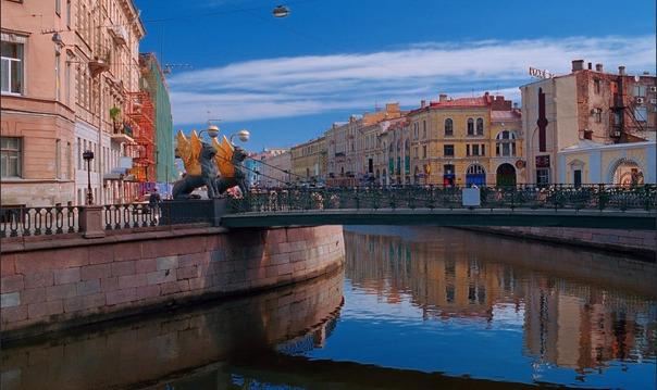 Прогулка на теплоходе «Северная Венеция»: Canal Cruise (5 рек , 35 мостов)