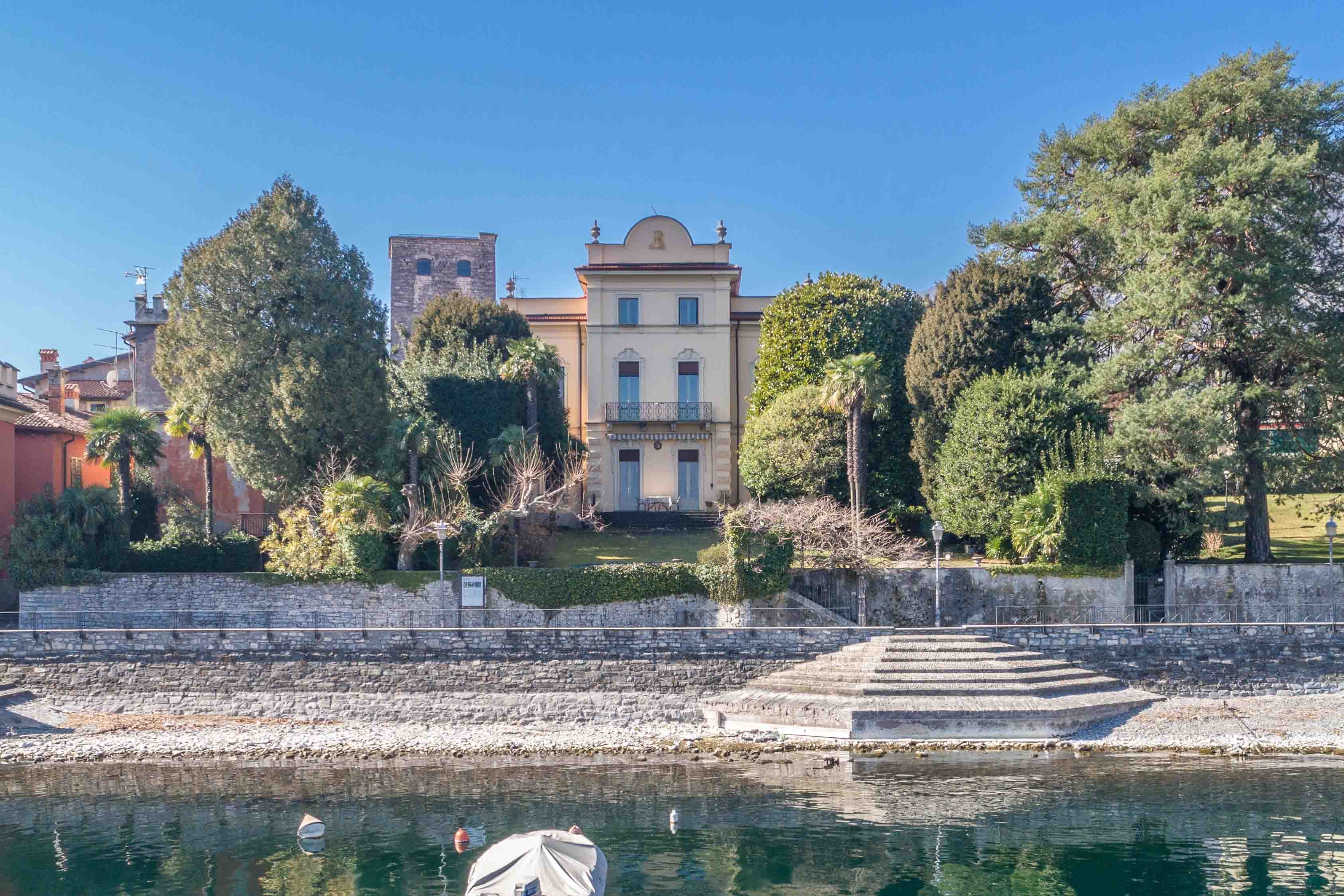 Lago di Como & Lago Maggiore luxury real estate: International buyers dominate the property market