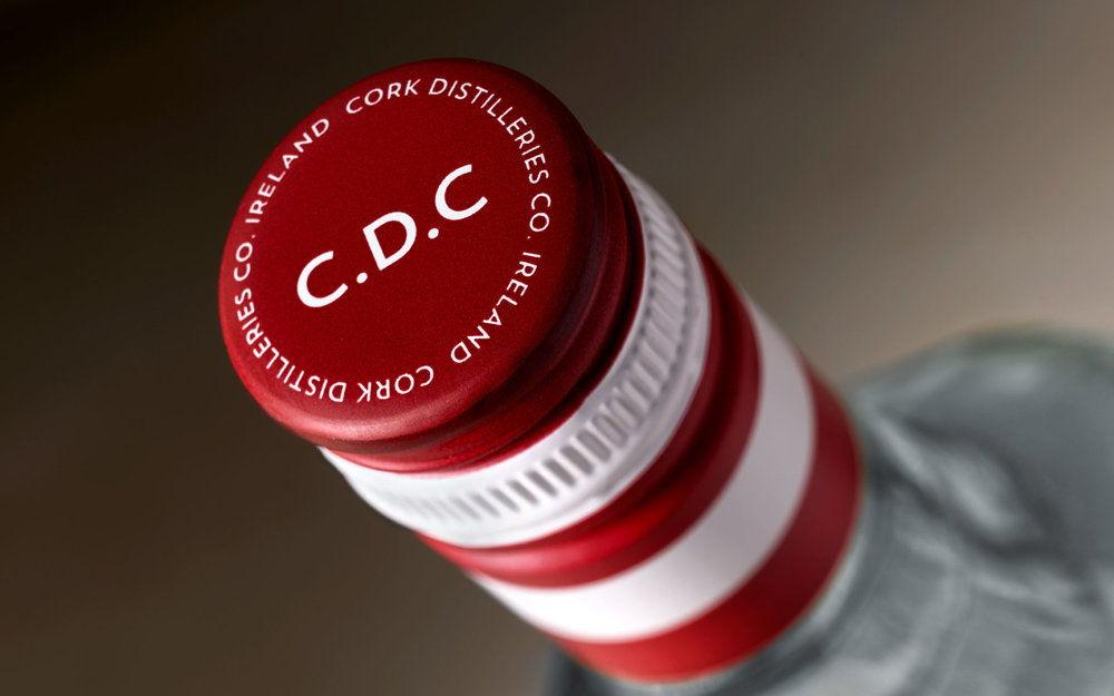 pond-design-cork-dry-gin-4-1920x1200.jpg