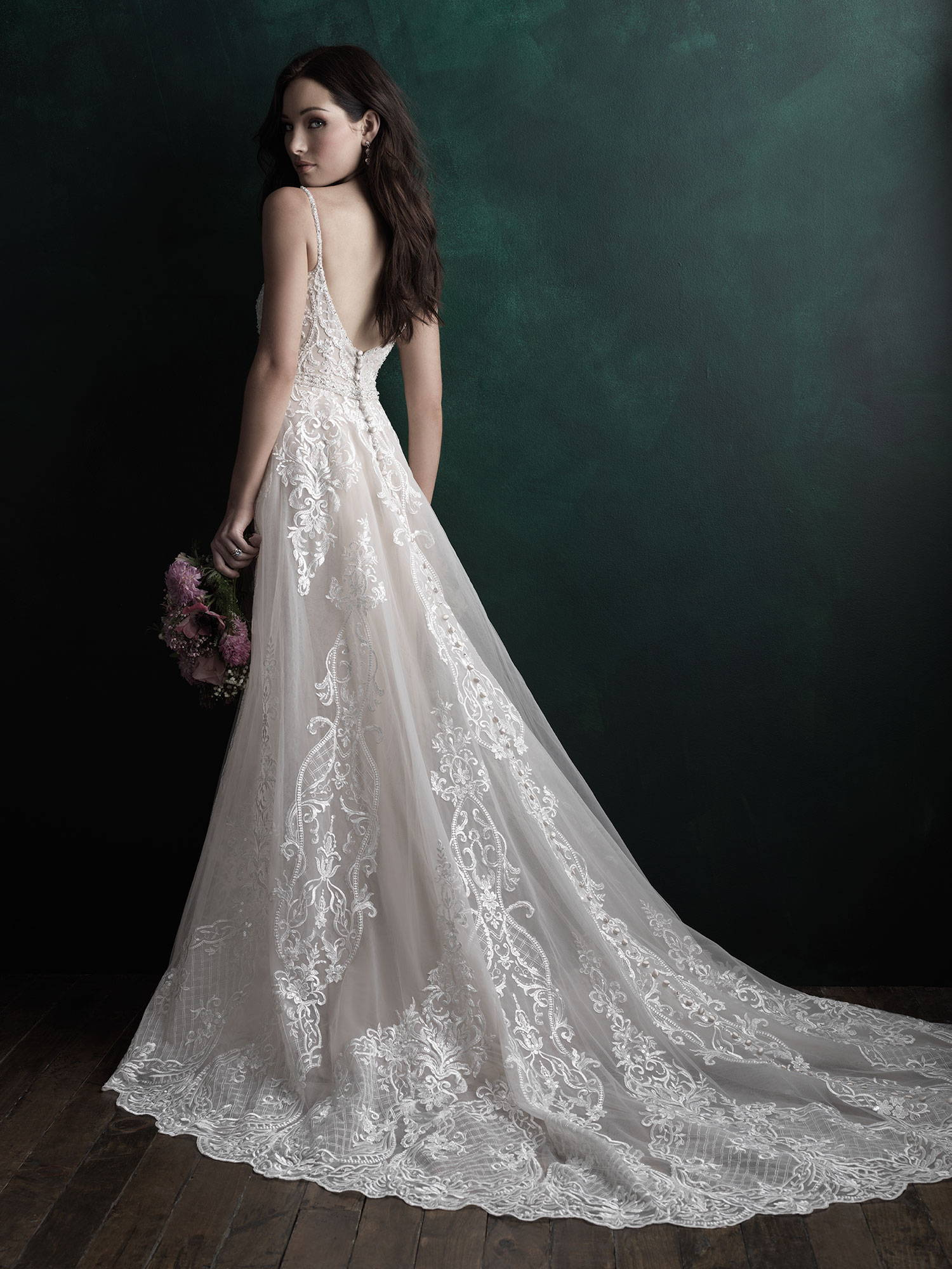 ALLURE  WEDDING DRESS C511