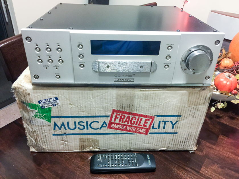 Musical Fidelity CD-Pre24 Very refined preamp and CDP in one chassis - upgraded PC
