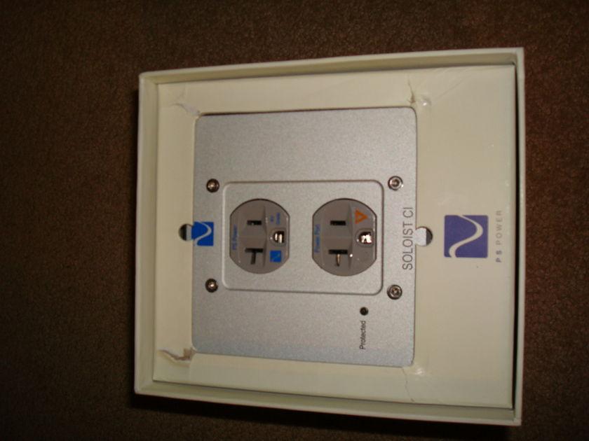 PS Audio  Soloist CI  Power Conditioner - MINT