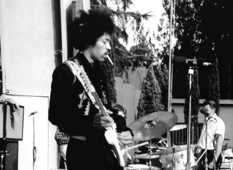 AUG 1967