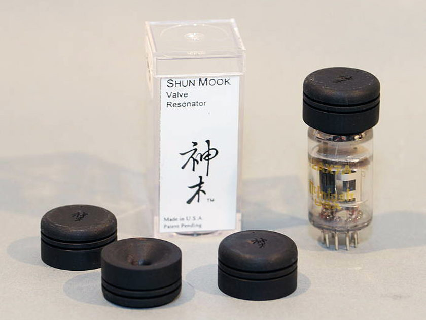 Shun Mook Audio Signal Tube Resonators set of 4  -  enhance the performance of your tubes