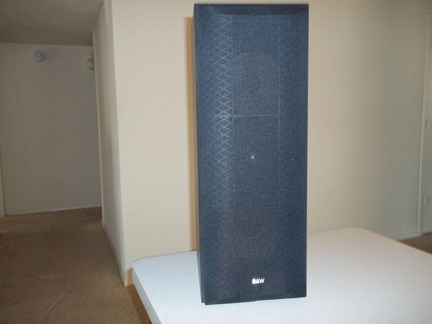 B&W  LCR6 S2 Center channel speaker