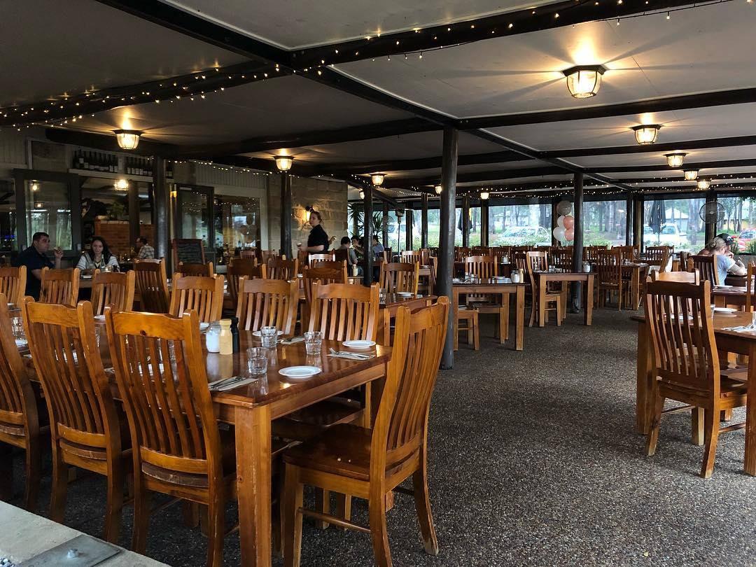 Table settings at Blaxland Inn Hunter Valley Restaurant Hunter Valley Winery