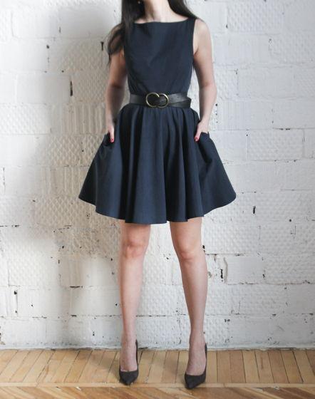Платье с необычными проймами