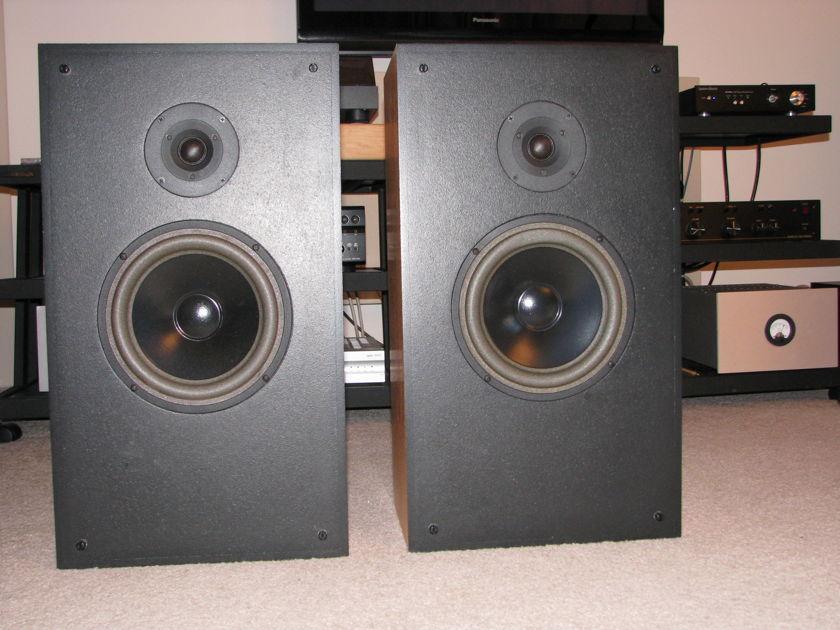 Snell Acoustics   J/III