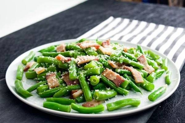 Green Beans with Bacon and Parmsesan