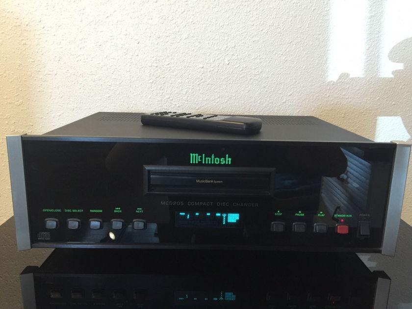 McIntosh MCD205 CD Changer