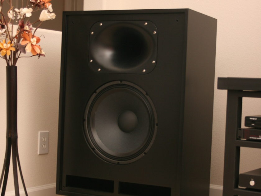 Cornscala D Speakers