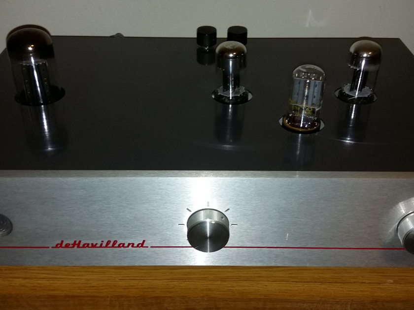 deHavilland Electric Amp Ultraverve 2 Preamp