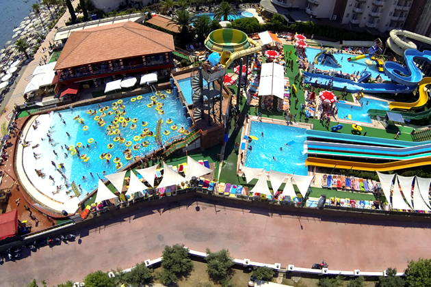 Charmillion Club Aquapark
