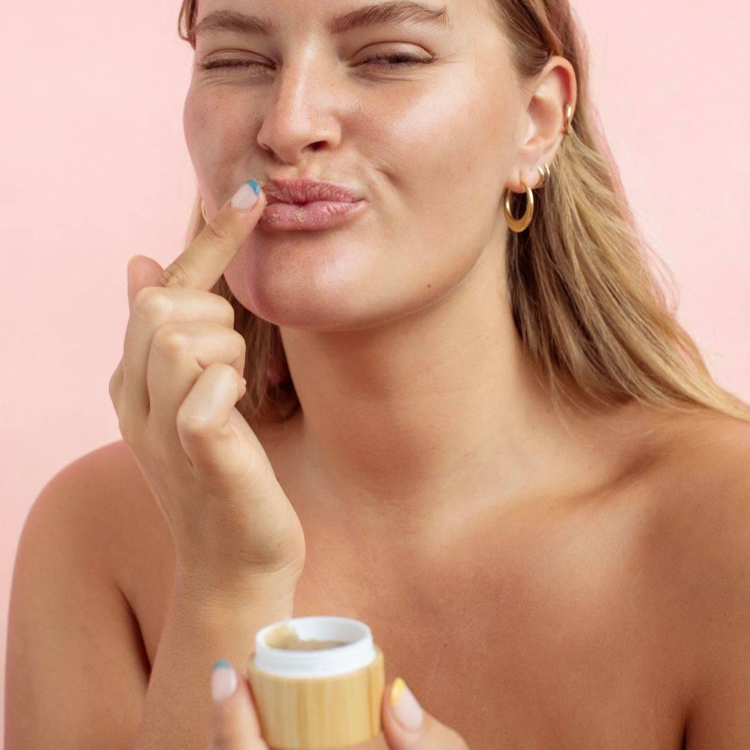 Product shot of Lip Exfoliant