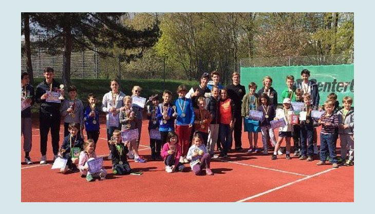 tennis academy wiesbaden kindergeburtstag gruppe