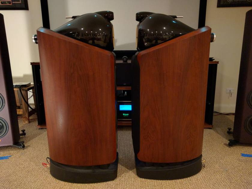 B&W (Bowers & Wilkins) 802D - (Rosenut) - Pristine condition