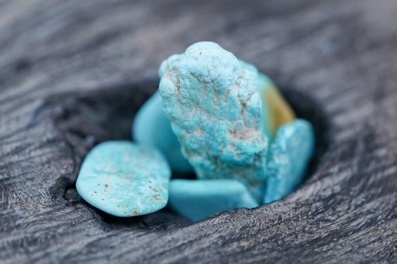Raww turquoise stones