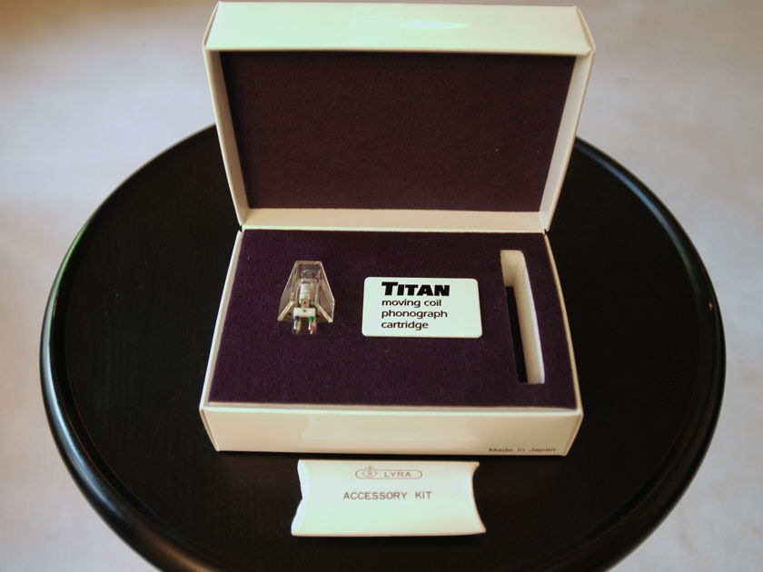 Lyra Titan