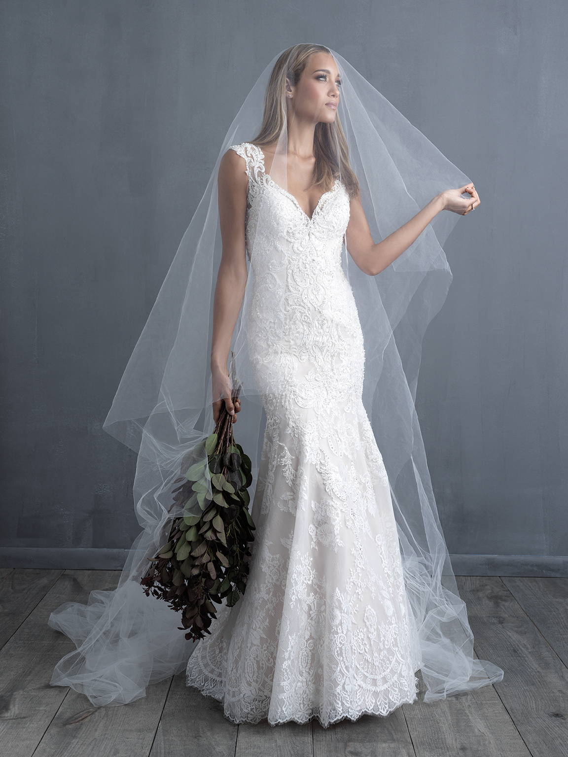 ALLURE  WEDDING DRESS C490
