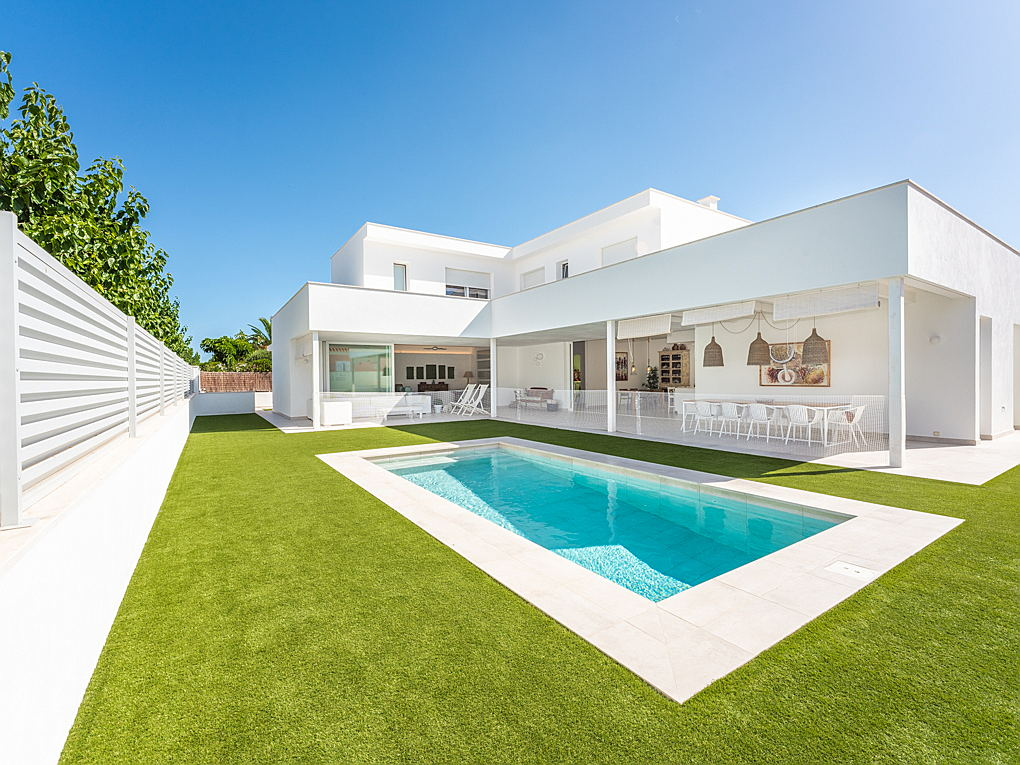 Mahón - Exclusive villa with garden and terrace for sale in Mahon, Menorca