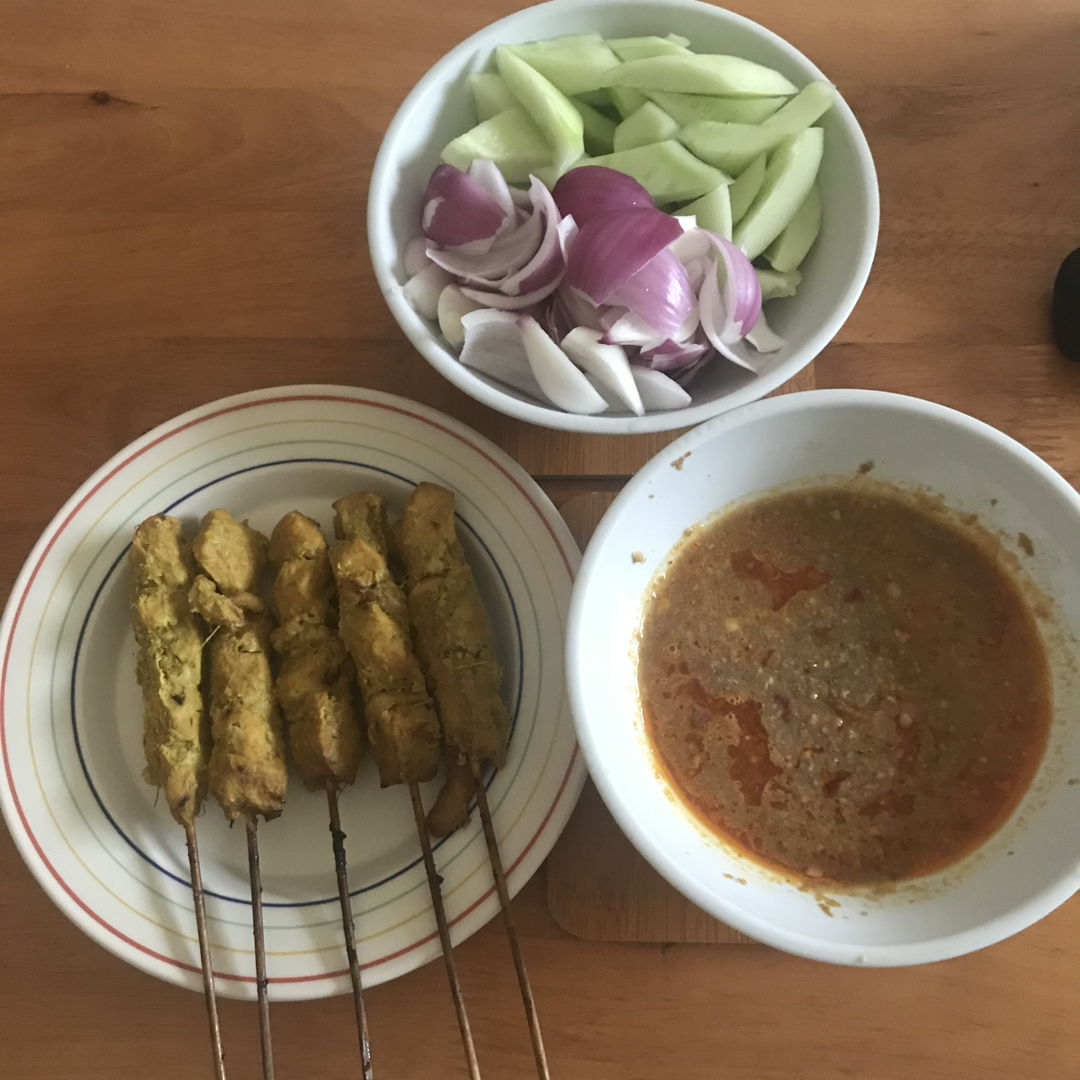 Delectable satay for lunch 👍🏻😃