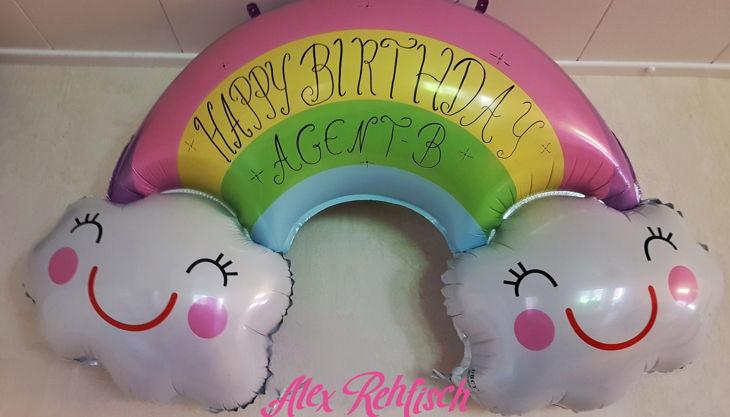 feier bunter geschenk kindergeburtstag luftballons clown