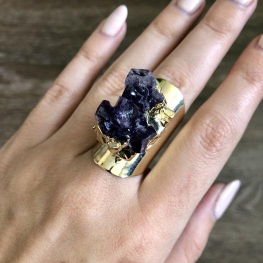 Кольцо с бразильским горным аметистом