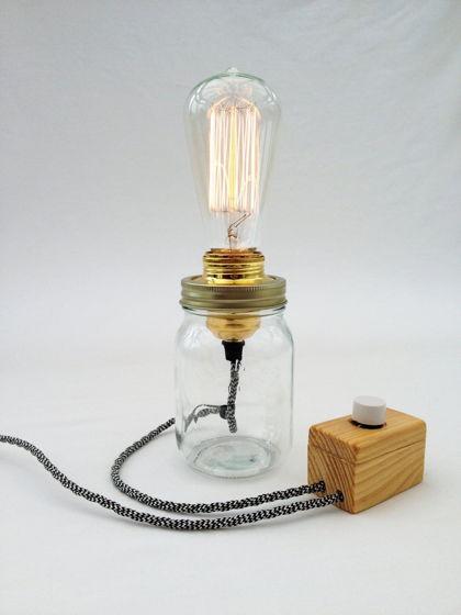 Настольная лампа в Банке
