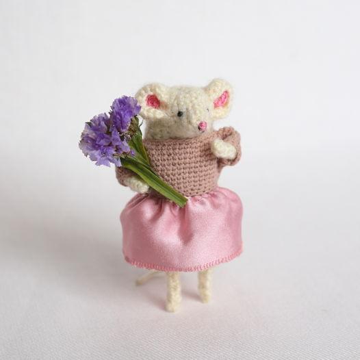 Вязаная мышка Алиса