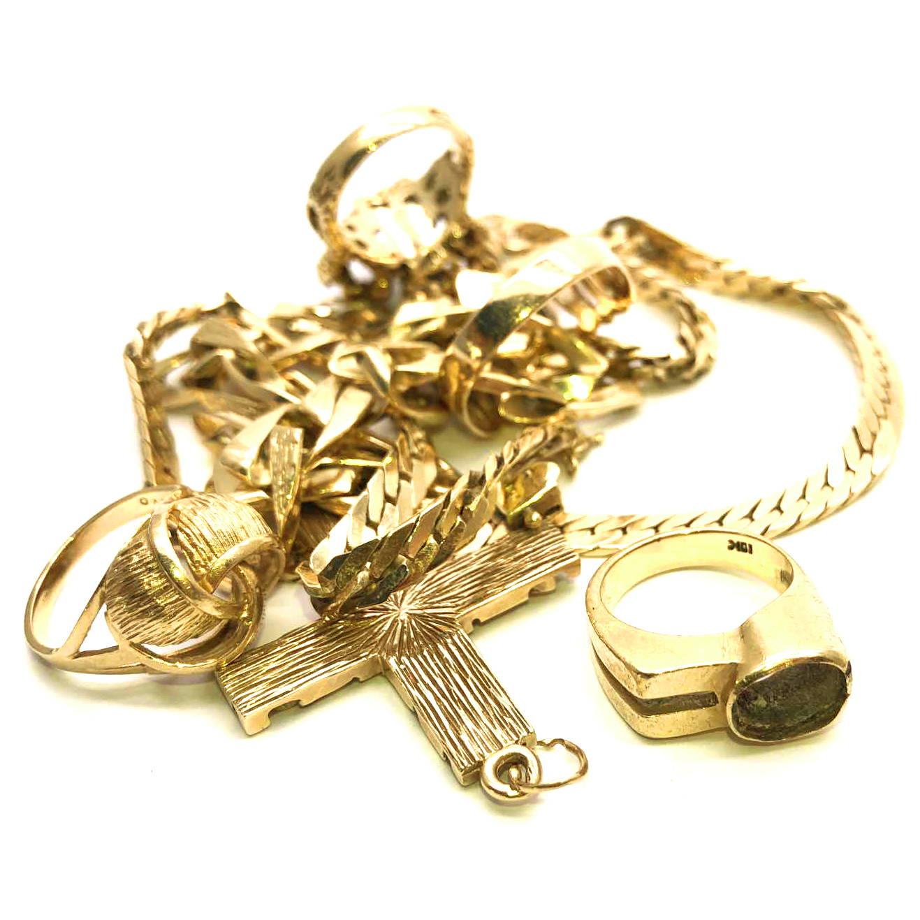 Tas de bijoux en or à recycler