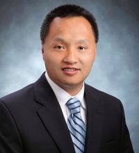 Mingdong Tan is the third member of the Lerner Group and an expert in technology.
