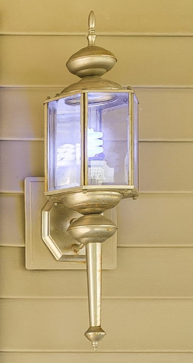 EXTERIOR COACH LIGHT-BRUSHED NICKEL