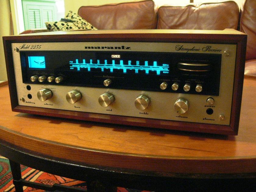 Marantz Model 2235 Stereo Receiver